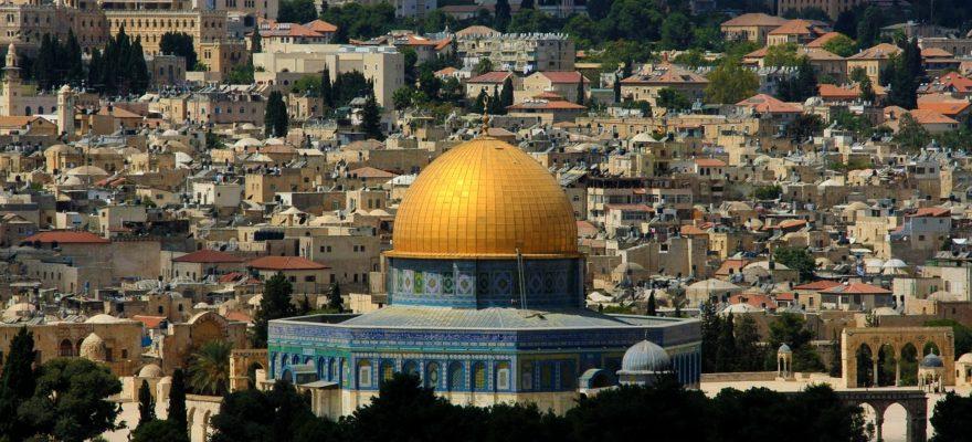Stay in Jerusalem